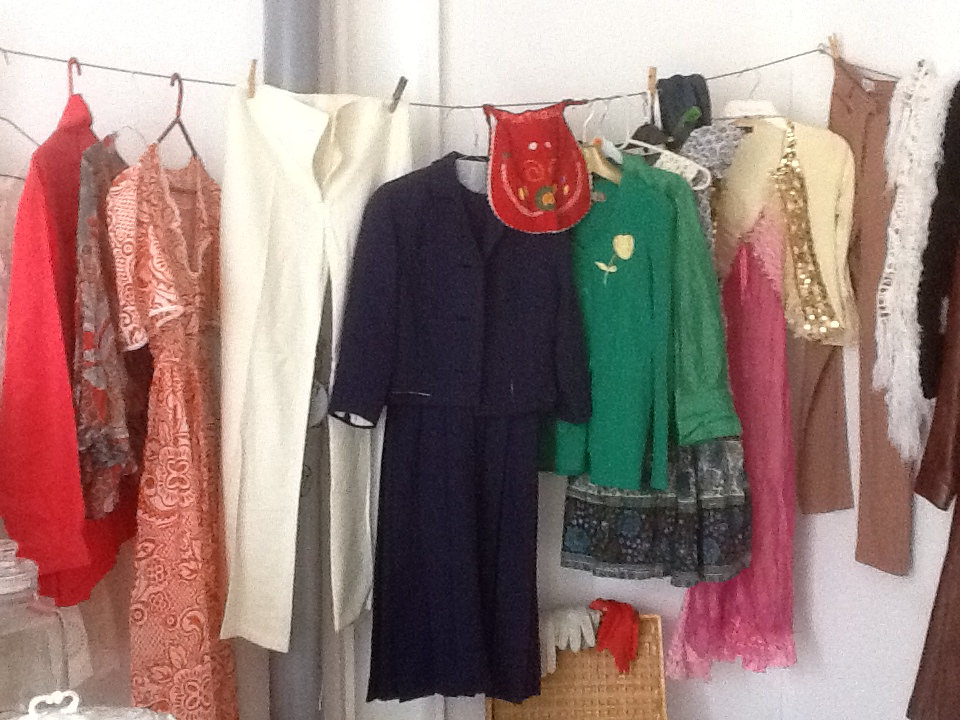 vintage clothes & other delights